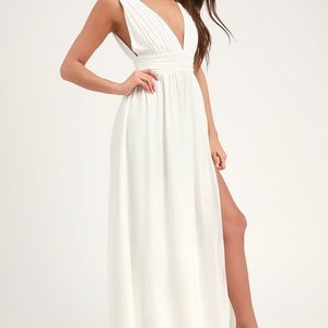 White Maxi Dress. Size 10/12.